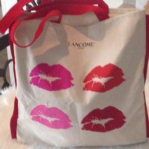 Cute Lancôme tote bag never used.